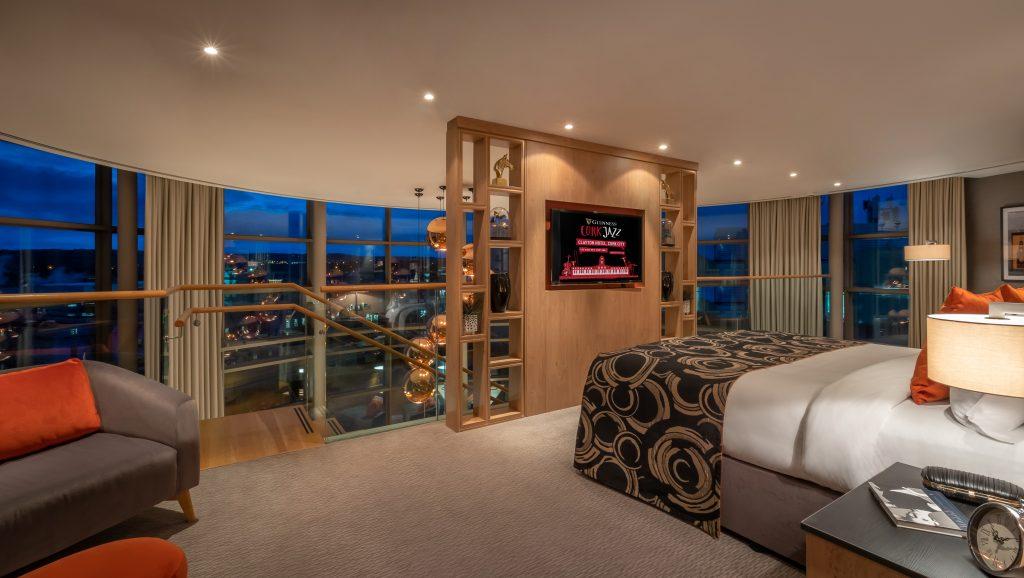 penthouse bedroom cork