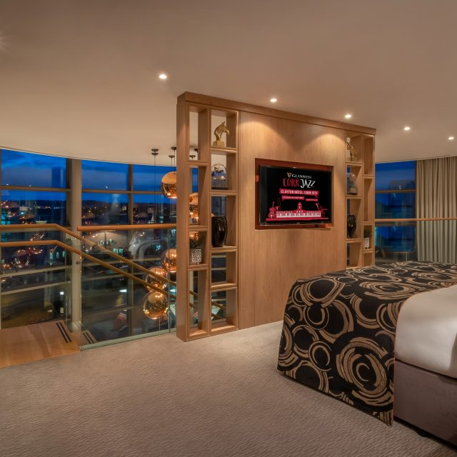 penthouse bedroom cork